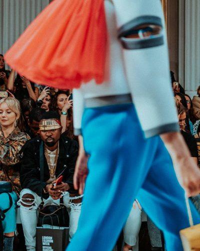 PHYGITAL : Το παρόν και το μέλλον της μόδας